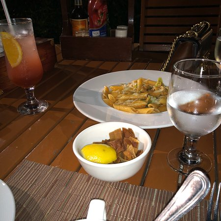 One to One Hotel - The Village: Dinner time at One to one hotel. The food average and the service average but you can still enjo