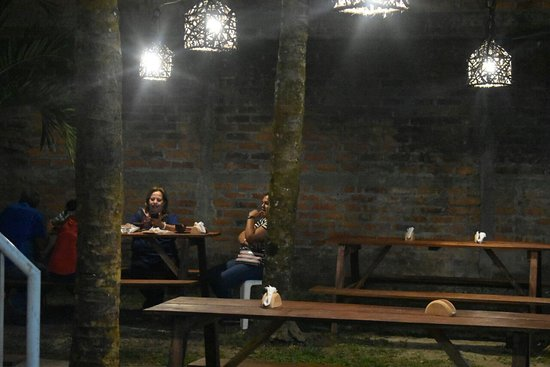 Ilobasco, เอลซัลวาดอร์: Visita pupusas del Comal Tejutepeque