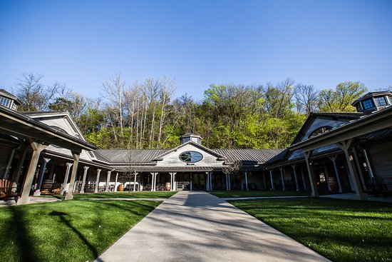 Jack Daniel's Distillery: Visitor Center