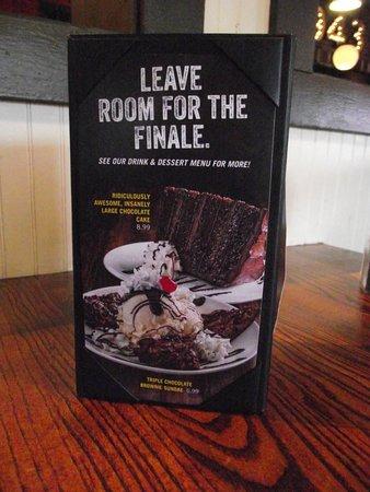 UNO Chicago Grill: HAVERHILL, MA - UNO - CARD SHOWING FEATURED DESSERT