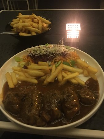 Angelus Restaurant Review
