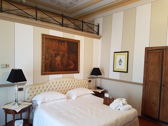 Hotel Villa Beccaris: 20180324_172653_large.jpg