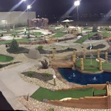 Putters Mini Golf