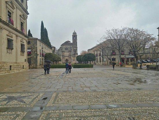 Plaza Vazquez de Molina Photo