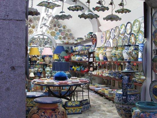 Vietri sul Mare, Italie : Vietri art