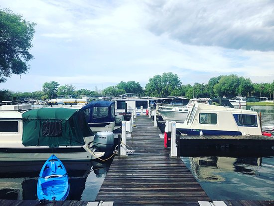 Tiny Houseboat Adventures: Hontoon State Park dock