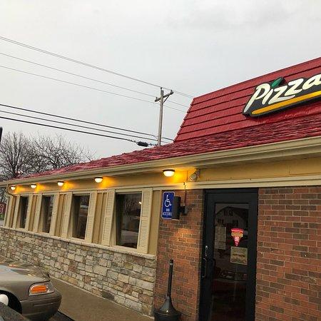 Hardinsburg, Kentucky: Pizza Hut
