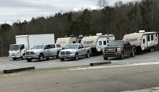 Talking Rock, GA: RV Parking