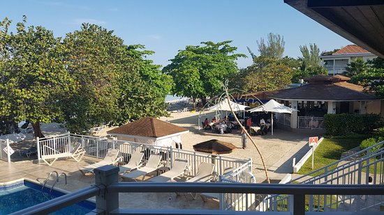 CocoLaPalm Resort: 20180319_080142_large.jpg