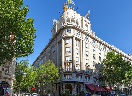 Wellington Hotel: Exterior