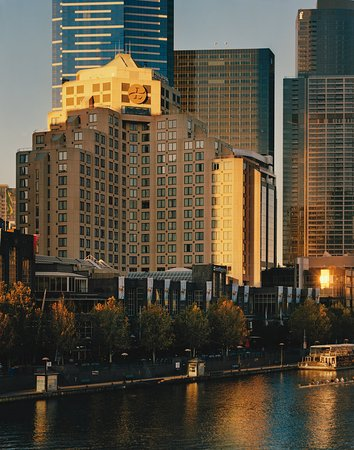 The Langham, Melbourne: Exterior