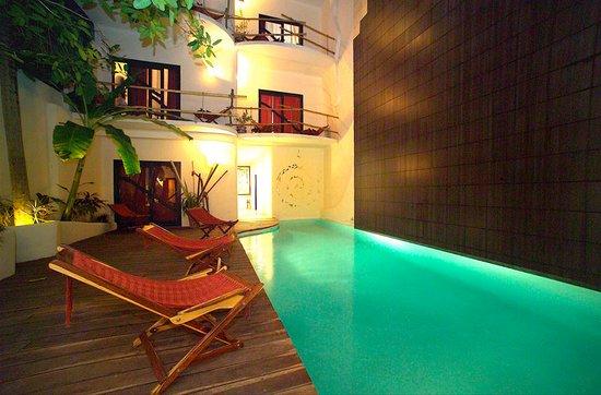 Hotel Kinbe: Pool