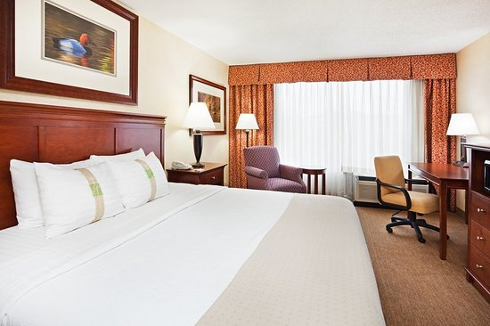 Holiday Inn Pigeon Forge: Guest room