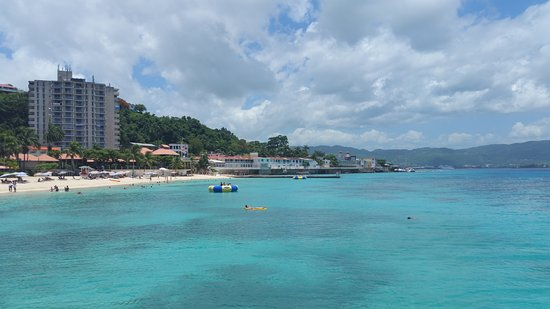 Toshic Tours Doctor S Cave Beach Montego Bay Jamaica