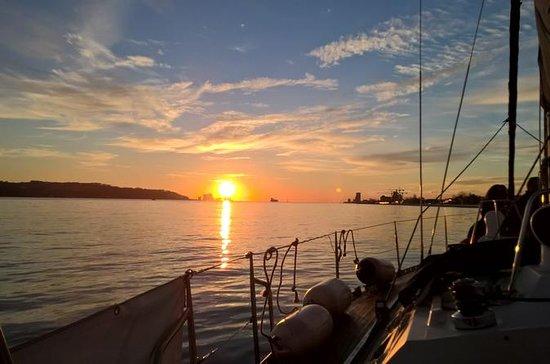 Tour al tramonto di Sitgo e Sailboat