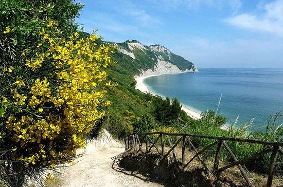 Monte Conero, trektocht Riviera del ...