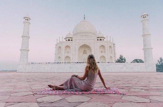 Samme dag Agra tur fra Delhi med lunsj...