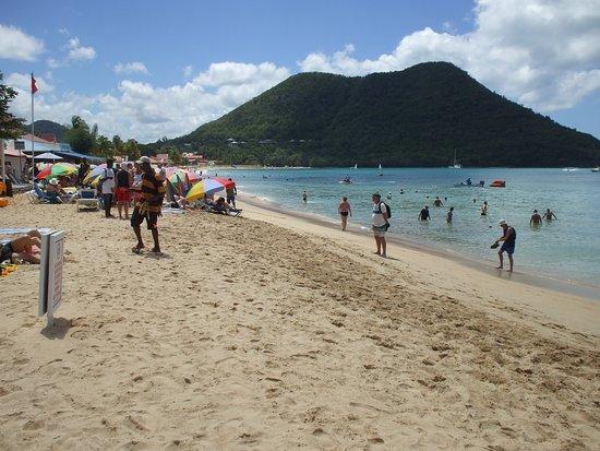 Bay Gardens Beach Resort, Beach Area