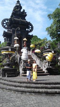 Guide Francophone Bali (Agus Bayu Putra)