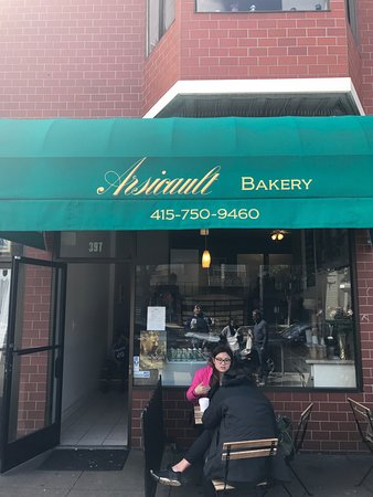 Arsicault Bakery: Must Try