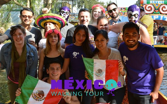 ‪Mexico Walking Tour‬
