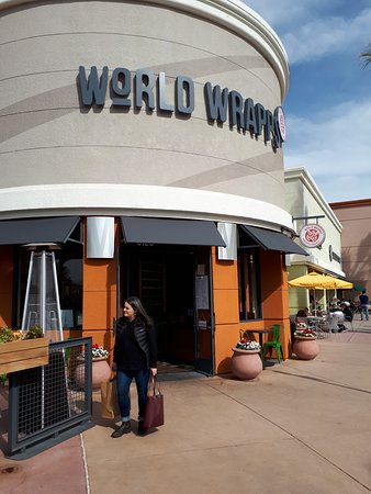 World Wrapps: Entrance
