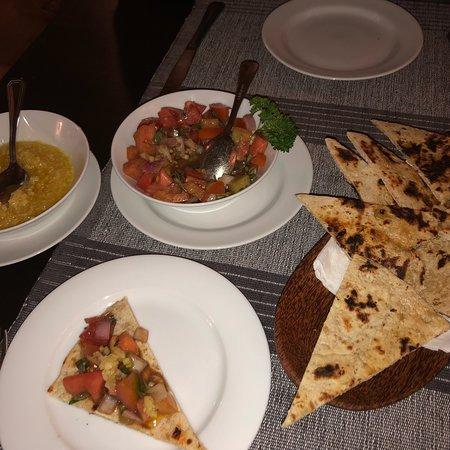 Malli's Seafood Restaurant: photo2.jpg
