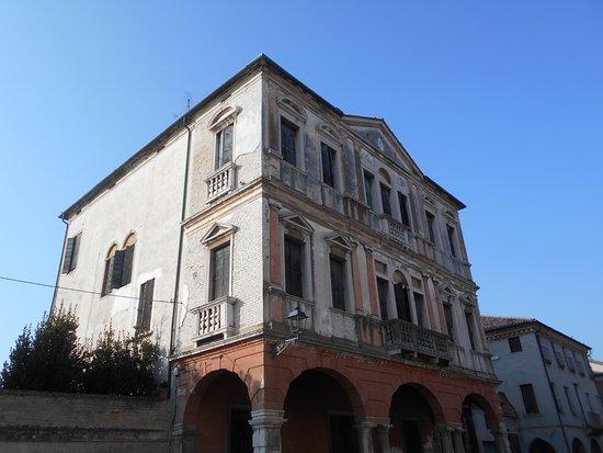 Palazzo Pasqualigo, Bertani