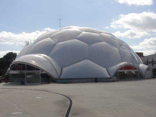 Plaza del Milenio: Edifício do Milénio