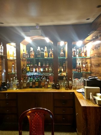 Hotel Little Palace: Inside the Bar