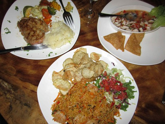 Cafe Mar Azul: The ceviche is the best! I enjoyed the Arroz Con Camarones too (plate in the forefront).