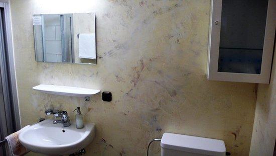 Grasellenbach, Alemania: Badezimmer