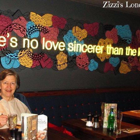 Zizzi - Tower Hill: photo0.jpg
