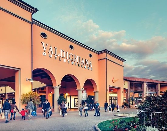 Outlet completo - Recensioni su Valdichiana Outlet Village, Foiano ...