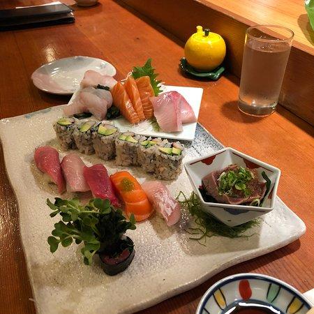 Hatsuhana Restaurant: photo0.jpg