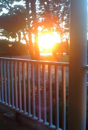 Peconic, NY: Beautiful sunset from our front porch