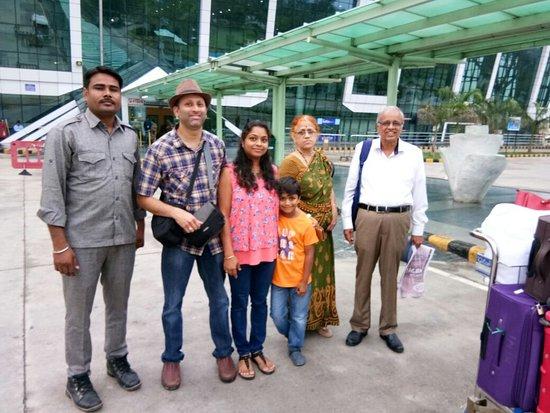 Jaipur District, Índia: Travellers enjoying tour