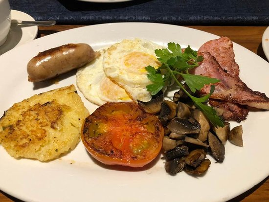 Southern Sun Katherine Street Sandton: The Kelsey Restaurant- British breakfast was fantastic.