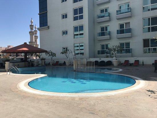 Kleiner Pool kleiner pool 1 og picture of hyatt place dubai al rigga dubai