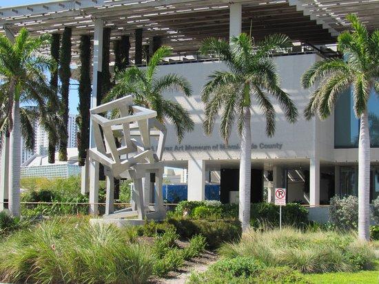 Perez Art Museum Miami: PAMM
