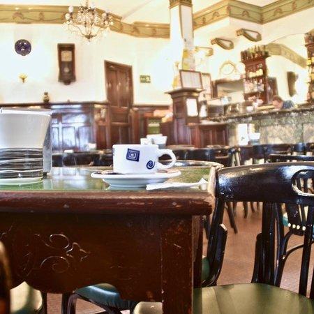 Restaurante cafe bar derby en santiago de compostela con for Cocinas santiago de compostela