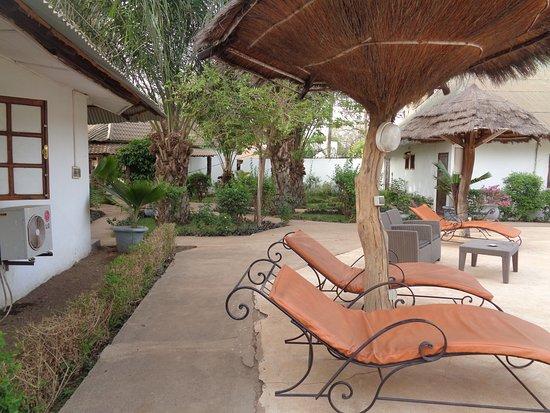 Kedougou, Senegal: tumbona piscina
