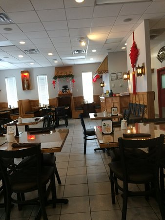 The Restaurant Is Small But Has Lovely Decor And Seating Picture Of Kirin China Grill Spring Hill Tripadvisor