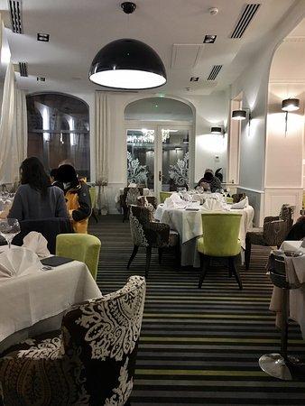 Restaurant la bonne fourchette dans aix les bains avec - Restaurant la folie des grandeurs aix les bains ...
