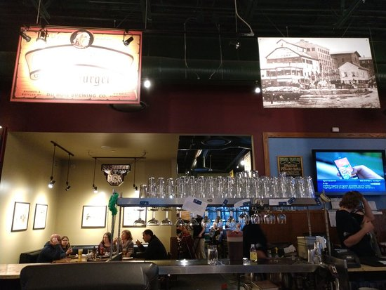 Otto's Pub and Brewery: TA_IMG_20180327_185621_large.jpg