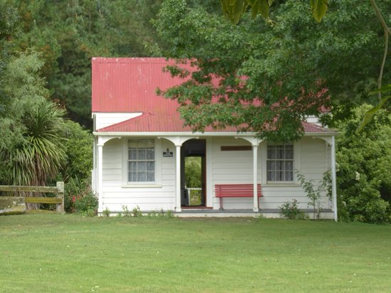 Hawke's Bay Region, Nouvelle-Zélande : An original cottage - fully furnished!