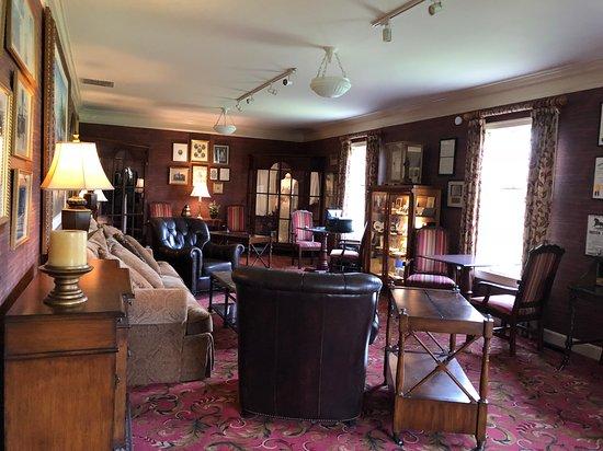 Beaumont Inn Photo