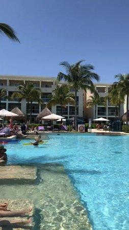Excelente Hotel...playa fea