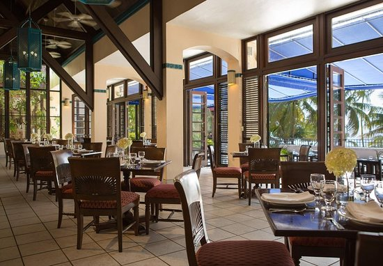 Renaissance St. Croix Carambola Beach Resort & Spa: Restaurant