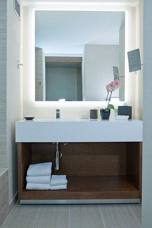 Hyatt Regency Grand Cypress: Guest room